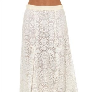 Rebecca Taylor white fluted lace skirt. Size 0.